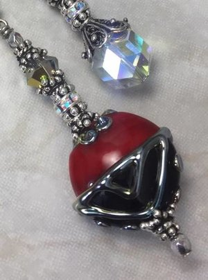 Fabulous Red and Black ARtiSaN Vintage Crystal Necklace-